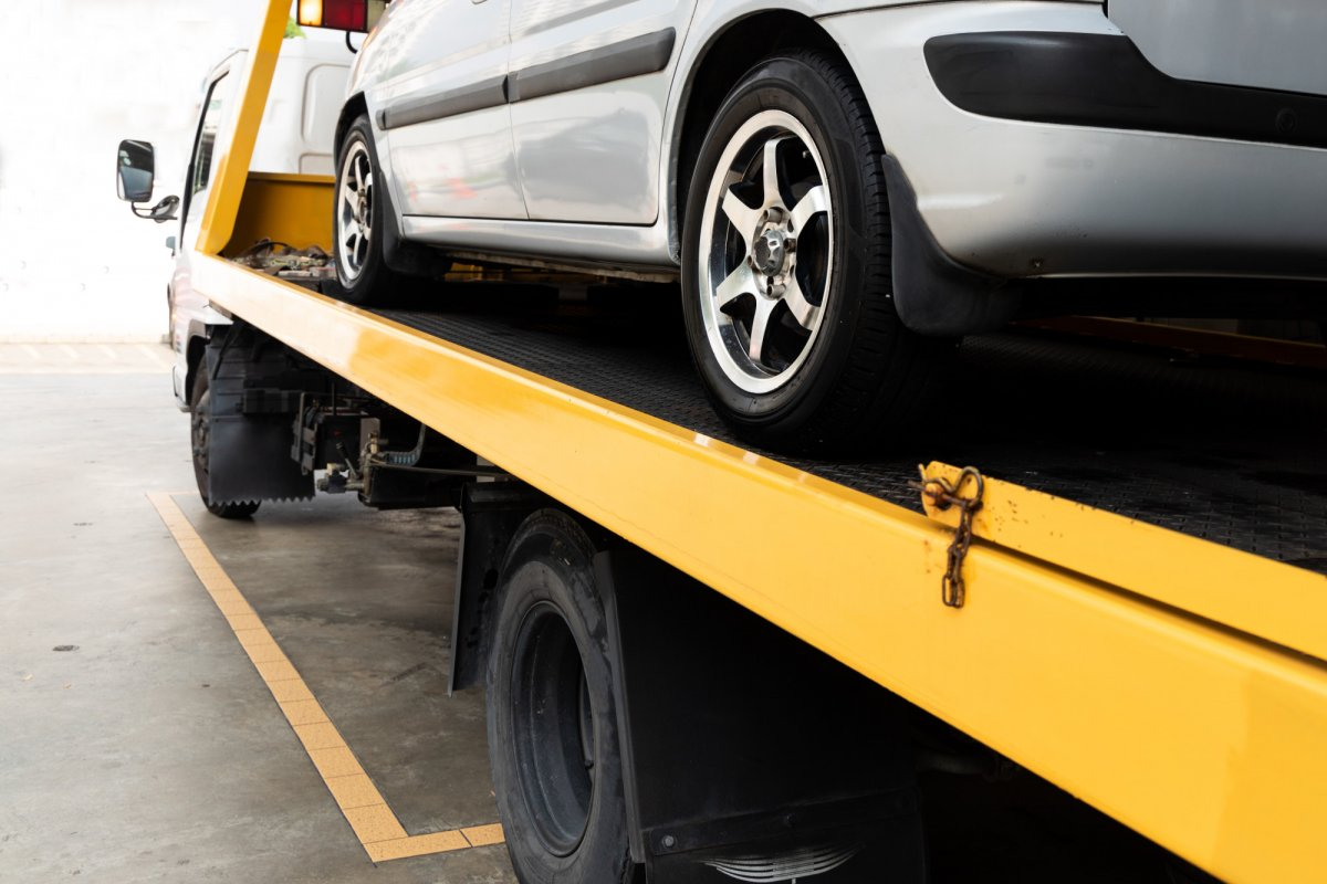How to Spot and Avoid Towing Company Scams